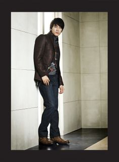 Song Seung Heon. Handsome!