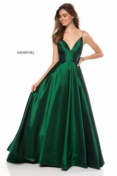 Sherri Hill Emerald Green Flowy Ballgown Dress with spaghetti straps Ypsilon Dresses Prom Pageant Evening Gown Black Tie Special Occasion School Dance Homecoming Sweethearts Formal Formalwear
