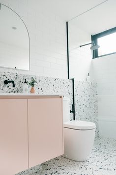 Reece Bathroom, Laundry In Bathroom, Small Bathroom, Pink Bathroom Tiles, Light Bathroom, Modern Bathroom, Bathroom Ideas, Bad Inspiration, Bathroom Inspiration