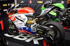 Ducati Panigale Superstock and something very green in the background... Jared Earle, via Flickr