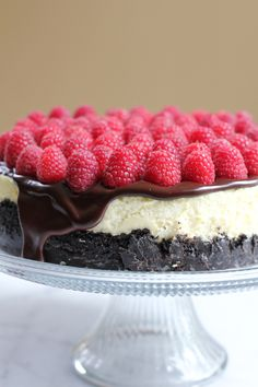 Raspberry Cheesecake with Oreo Crust for #NationalCheesecakeDay | Hip Foodie Mom