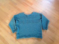 Joannas trøje startet på i efterårsferien. strikket i Cottonwool fra Garnudsalg