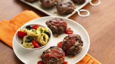 Here's a fun and fast way to serve up little burgers. Great for kids, super as summer appetizers.