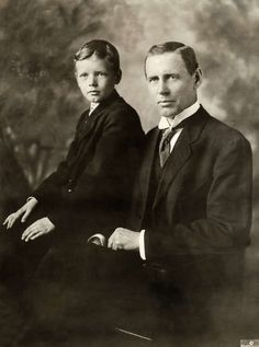ttle Charles Lindbergh and father, Charles. A. Lindbergh. 1909