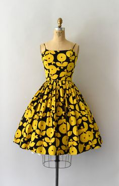 RESERVED LISTING 1950s Vintage Dress 50s Yellow by Sweetbeefinds