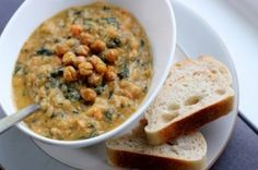 Daily Garnish  » Blog Archive   » White Bean and Kale Veggie Stew with Crunchy Roasted Chickpeas. by Daily Garnish