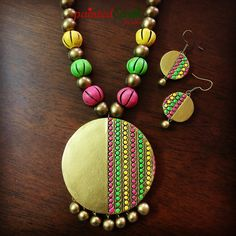 Buying a Watch Terracotta Jewellery Making, Terracotta Jewellery Designs, Terracotta Earrings, Antique Jewellery Designs, Artisan Jewelry, Handmade Jewelry, Teracotta Jewellery, Pink Pendants, Diy Jewelry Necklace