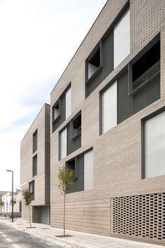 Peris + Toral arquitectes, Fernando Alda · 33 Viviendas en Melilla