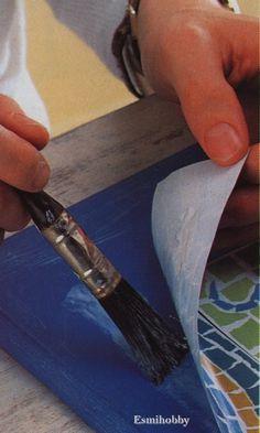 Como hacer reparaciones con cola termofusible   https://www.esmijovi.com/reparaciones-cola-termofusible/
