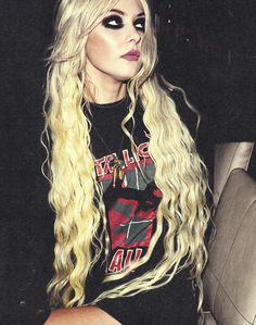 """Taylor Momsen from """"The Pretty Reckless"""". Awesome music."""