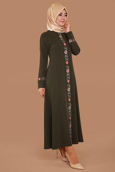 ** İNDİRİM ZAMANI ** Biye Çiçekli Pardesü Haki Ürün Kodu: AH2157-S--> 79.90 TL Islamic Fashion, Muslim Fashion, Modest Fashion, Abaya Fashion, Skirt Fashion, Hijab Gown, Casual Hijab Outfit, Abaya Designs, Beautiful Hijab