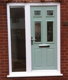 Composite DoorCo Chartwell Green...fitted by the Glazedale team!