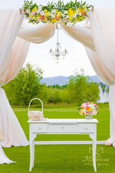 Garden wedding decoration for the head table by melodica wedding outdoor ritual by melodica wedding agency wedding decorationoutdoor junglespirit Gallery