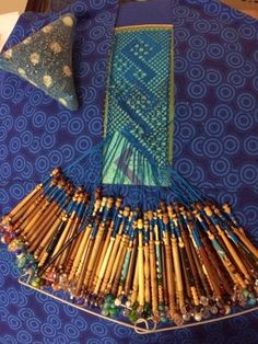 Craft House Magic: Double zigzag bobbin lace panel