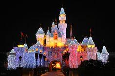 """Khám phá """"Hồng Kông - Trái Tim Của Châu Á"""" """"Thế Giới Kỳ Diệu Disneyland"""" #DulichHongKong #MustVisit #SonhaTC"""