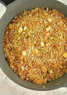 Gujarati adadiya ladwa recipe urad dal halwa with nuts spices panjiri indian sweetseast indian foodindian forumfinder Choice Image