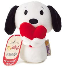 itty bittys® Peanuts® Snoopy Holding Heart Stuffed Animal