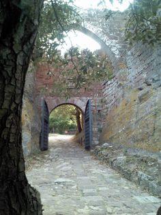 #viajar #travel #spain #catalunya #catalonia #cataluna #tarragona #riudecanyes #escornalbou #castillo #castle #medieval