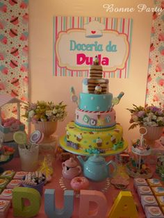 Encontrando Ideias Cupcake Party, Cupcake Cakes, Fake Cake, Candy Cakes, Candyland, Candy Party, Candy Shop, Candy Buffet, Party Time