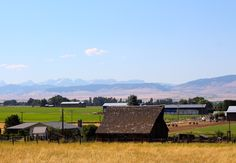 A shot of the area, farmland for as far as you can see.  This area was Ellensberg, Thorp, Kitties and Cle Elum