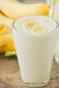 If you have had a meal that you describe as a banana smoothie, you can safely assume you are on the right road to losing weight. #Banana #bananas #bananasmoothie #smoothie #smoothiebowl #smoothies #smoothietime #smoothiebowls Holiday Drinks, Summer Drinks, Fun Drinks, Healthy Drinks, Healthy Cooking, Holiday Recipes, Cooking Recipes, Healthy Recipes, Meal Recipes