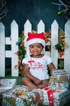 D9220_Nkosi Christmas Pictures, Crown, Xmas Pics, Corona, Xmas Pictures, Christmas Photos, Christmas Images, Crown Royal Bags, Crowns