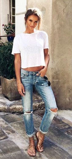 #Summer #Outfits / White Pocket T-Shirt + Ripped Jeans