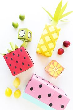Anyone who receives presents wrapped in DIY fruit paper will instantly love their gift, no matter what it might be.