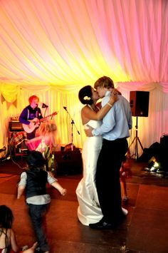 BUNTING, DECK-CHAIRS AND ED SHEERAN SINGING: MARY & LAURENCE BROOKS - Raspberry Wedding