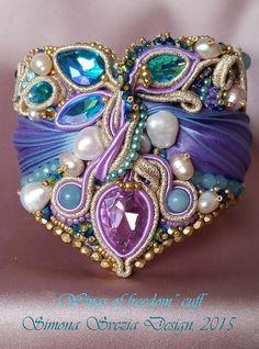 Bracelet Wings of Freedom by PerlineeBijoux on Etsy