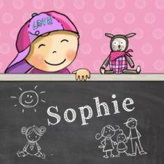 Stoer geboortekaartje met meisje met pet op en hippe knuffel. Op het krijtbord allerlei kleine tekeningetjes.