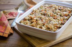 Thanksgiving may be called Turkey Day, but the sides can easily make or break the meal. Here are six classic Thanksgiving recipes that are sure to make your Thanksgiving dinner a success. Make Ahead Stuffing, Crockpot Stuffing, Stuffing Recipes, Homemade Stuffing, Gourmet Recipes, Crockpot Recipes, Cooking Recipes, Healthy Recipes, Bread Recipes