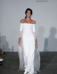 "The Rime Arodaky 2018 Bridal Collection ""The Runaways"" at NYBFW made us fall in love with these looks, perfect for the rock and roll bride with a chic edge. 2018 Wedding Dresses Trends, Fall Wedding Dresses, Wedding Gowns, Bridal Gown, Wedding Bells, Bridal Collection, Dress Collection, Plain Wedding Dress, Beauty And Fashion"