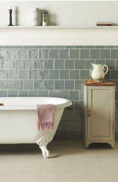 Love these tiles. Dover white VFT with Metropolitan Lazul tiles bathroom salle de bain Metro Tiles Bathroom, Bathroom Interior, Bathroom Faucets, Concrete Bathroom, Bathroom Hardware, Bathroom Colors, Bathroom Cabinets, Bad Inspiration, Bathroom Inspiration