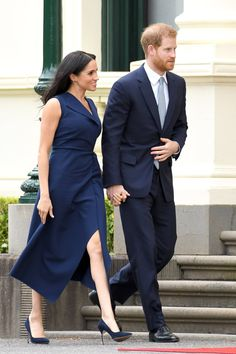 Navy is having a real moment in Meghan Markle's Fall wardrobe. The duchess's fashion picks have all been unstoppable during her 16-day royal tour with Prince Harry, but her look for the couple's outing in Melbourne
