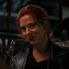Black Widow Aesthetic, Natasha Romanoff, Elizabeth Olsen, Marvel Cinematic Universe, Scarlett Johansson, Sims 4, Icons, Houses, Women
