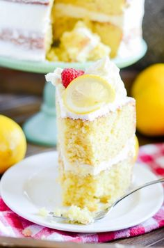 A rich lemon cake that tastes incredible with lemon cream cheese frosting and your favorite berries! A rich lemon cake that tastes incredible with lemon cream cheese frosting and your favorite berries! Lemon Desserts, Köstliche Desserts, Lemon Recipes, Cake Recipes, Dessert Recipes, Lemon Cakes, Best Lemon Cake Recipe, Lemon Layer Cakes, Coconut Cakes