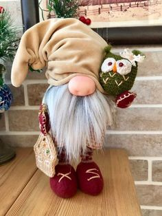 FAMILY Farmhouse Gnome with Black Hat. Gnome with Gray Beard. *Includes Gnome Only Scandinavian Gnomes, Scandinavian Christmas, Funny Gnomes, Gnome Tutorial, Gnome Ornaments, Marvin, Fairy Furniture, Wooden Furniture, Diy Holiday Gifts