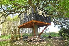 Top 10 tree houses | Zoopla.co.uk Blog