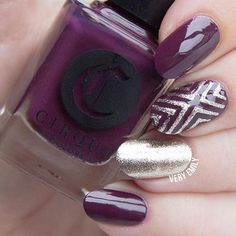 quenalbertini: Classy nails by veryemily using Whats Up Nails implements Fancy Nails Designs, Fall Nail Art Designs, New Year's Nails, Hair And Nails, Classy Nails, Cute Nails, Graduation Nails, Geometric Nail Art, Nail Art Supplies