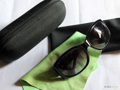Spot Fake Gucci Sunglasses Step 3.jpg