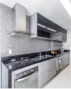 "8,016 Likes, 68 Comments - Decore seu estilo (@decoreseuestilo) on Instagram: ""Show de cozinha!! By @priscillacamara.arq  @walter_dias_ #cozinha #kitchen #cocina #cuisine…"""