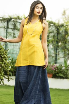 Ideas Sewing Patterns For Women Tunic Shorts For 2019 All I Ever Wanted, Short Shirts, Kurta Designs, Indian Attire, India Fashion, Women's Fashion, Two Piece Dress, College Outfits, Indian Designer Wear