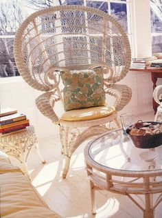 Sun room of Jack and Jackie's Hyannis Port home on Irving Ave. Location of 1959 Mark Shaw photo session. Les Kennedy, Jackie Kennedy, Kennedy Compound, Hyannis Port, Photo Sessions, Wicker, High Society, Sun Room, Jfk