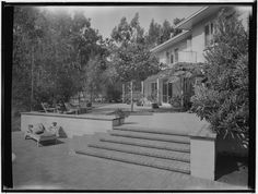 Thomas Church landscaping for Joseph E. Howland: McCallister residence. Outdoor living space and Exterior.1953