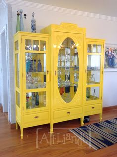 Ateliando - Customização de móveis antigos  Quer customizar, laquear ou reformar um móvel?  ateliando@ateliando.com.br