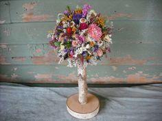 Dried flower topiary with birch log stem Non Flower Centerpieces, Homemade Centerpieces, Dried Flower Arrangements, Fresh Flowers, Silk Flowers, Dried Flowers, Wedding Flower Alternatives, Wedding Ideas, Wedding Stuff