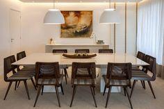 Apartamento Campo Belo : Salas de jantar modernas por AREA ARQUITETURA