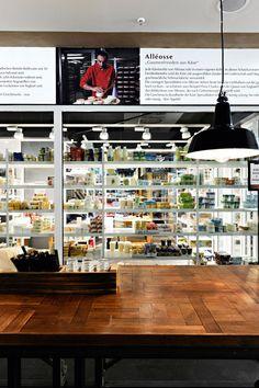 Image 19 of 21 from gallery of Schrannenhalle Munich / Oliv Architekten Ingenieure. Photograph by Edzard Probst Pharmacy Design, Retail Design, Design Blog, Store Design, Gods Kitchen, Retail Facade, Supermarket Design, Food Retail, Concept Shop
