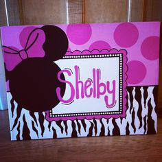 Minnie Mouse canvas.... I'd love to do something like this maybe with different characters and different enough to not copy this one